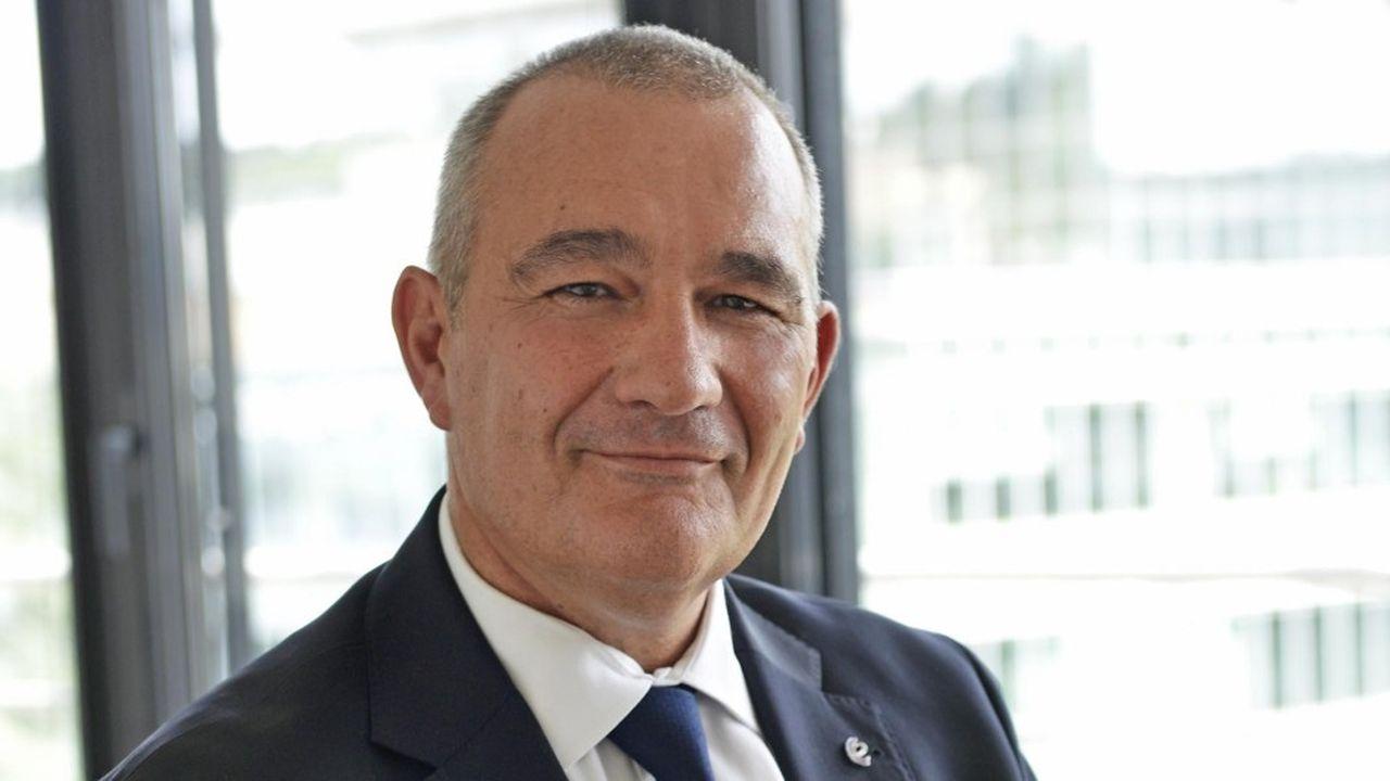 Hervé Richard est associé chez KPMG et conseiller du Commerce extérieur de la France.
