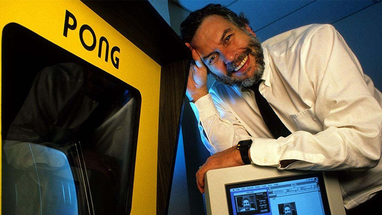 Nolan Bushnell, co-fondateur d'Atari avec Ted Dabney en 1972, l'a revendu en 1977 à Warner Communications.