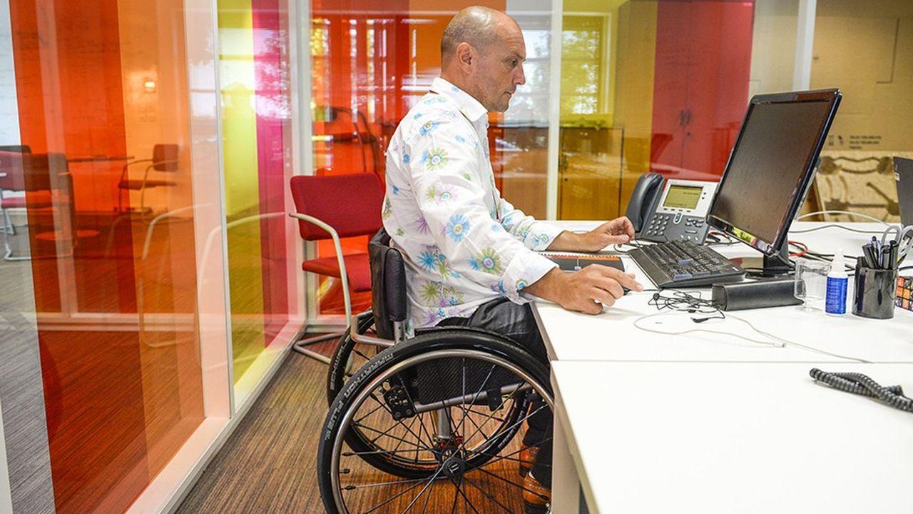 Le gouvernement a présenté ce mardi des premières mesures pour l'accès à l'emploi des personnes handicapées.