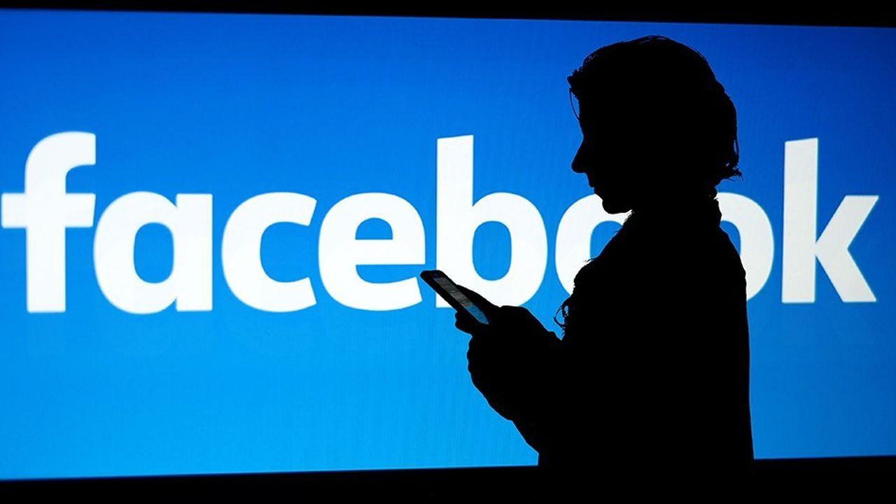 Les jeunes utilisent de plus en plus les messageries privées pour commenter les informations.