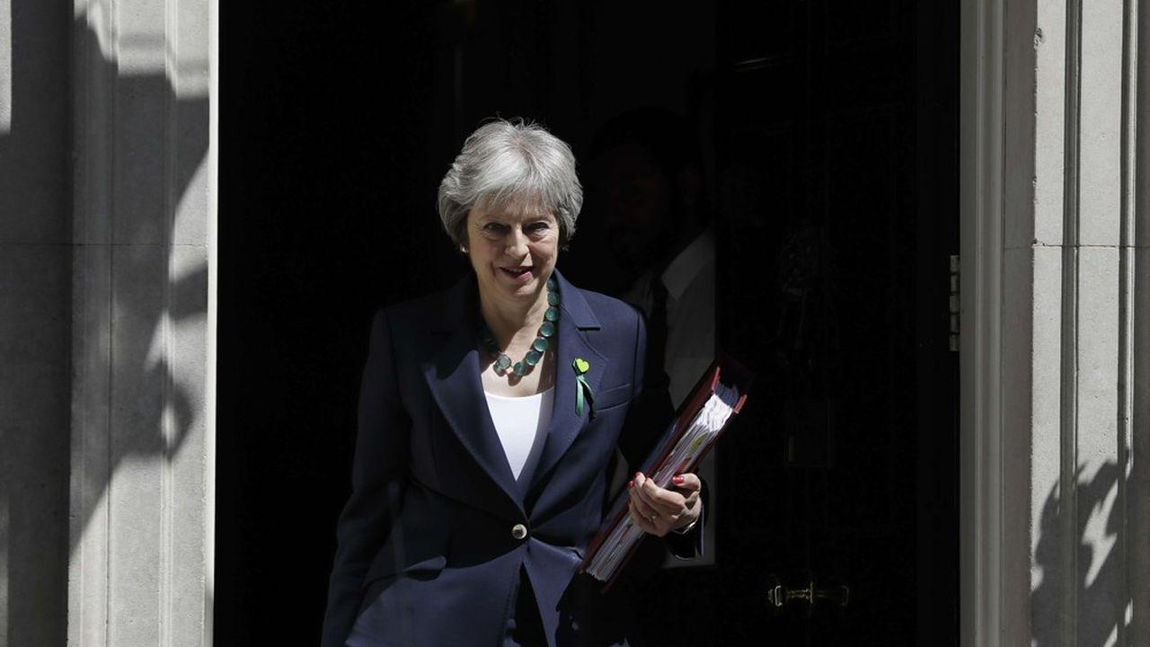 2184653_brexit-may-promet-des-milliards-en-plus-pour-la-sante-web-tete-0301835881386.jpg