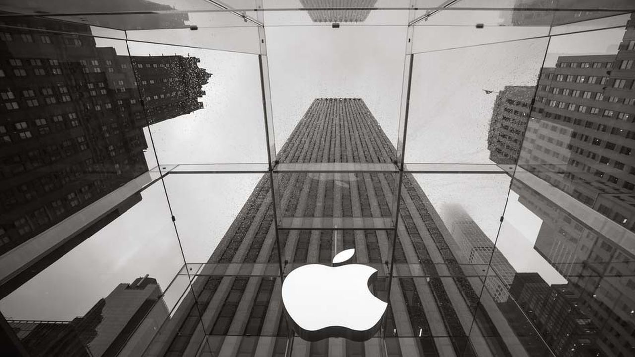 Apple est accusé de gérer de façon monopolistique son Apple Store.