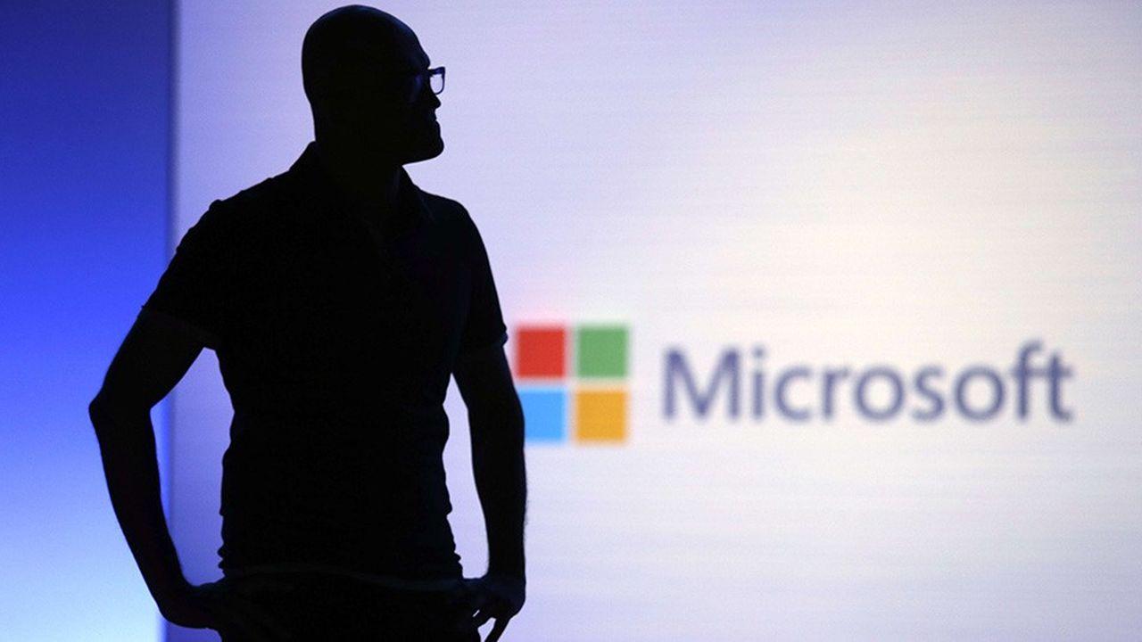 Le patron de Microsoft Satya Nadella a écrit une note critique sur la politique d'immigration de Donald Trump après avoir été pressé de réagir par ses employés.