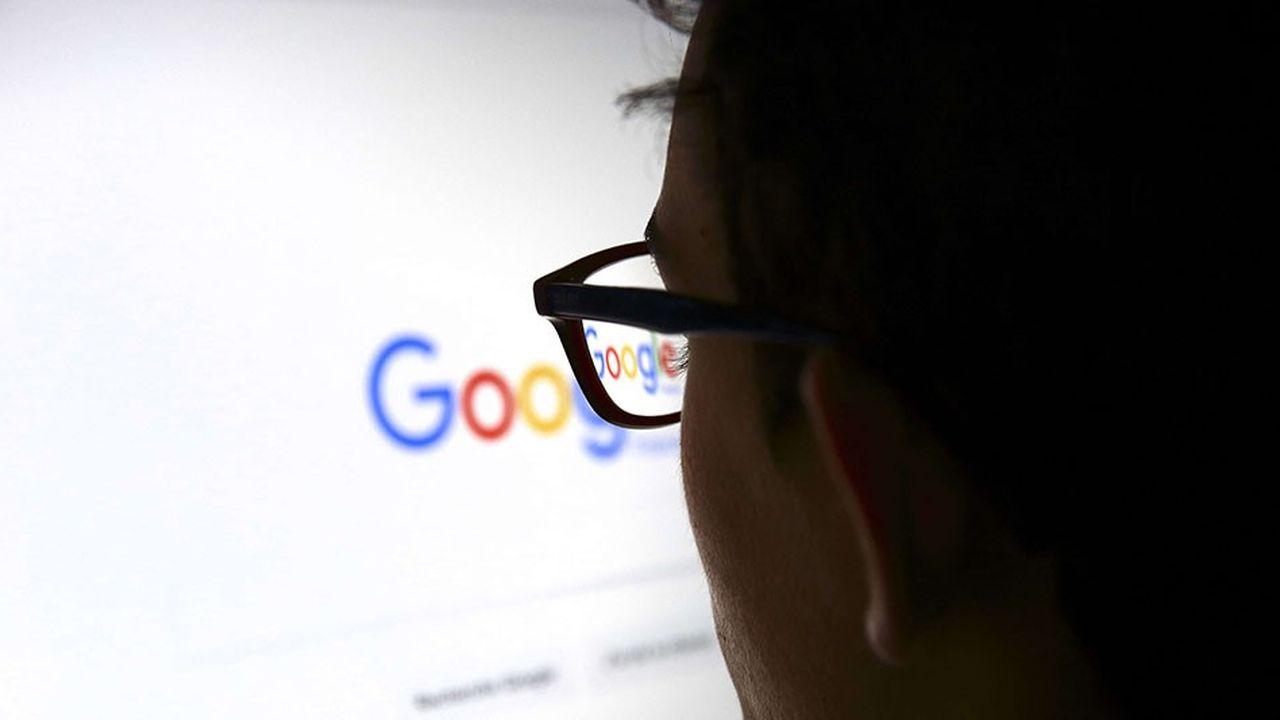 Sur les douze derniers mois, Google a généré 100milliards de dollars de revenus publicitaires, soit presque autant que le PIB du Maroc. 85% du chiffre d'affaires est tiré par la publicité.