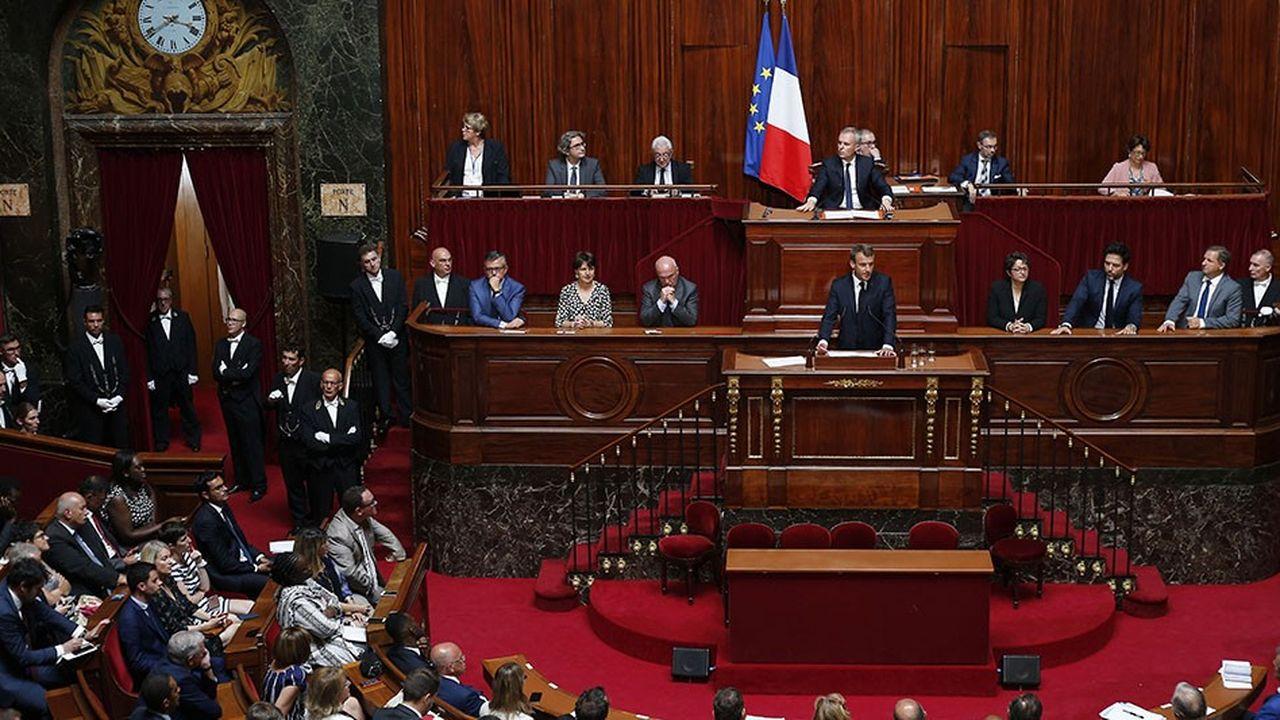 Emmanuel Macron lors de son discours devant les parlementaires réunis en Congrès à Versailles.