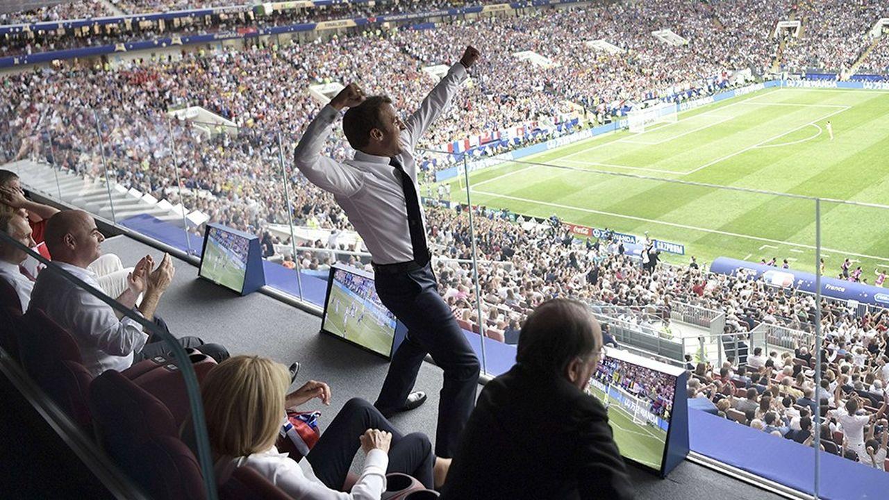La joie d'Emmanuel Macron, président de la République française, lors de la finale du Mondial 2018 opposant la France à la Croatie.