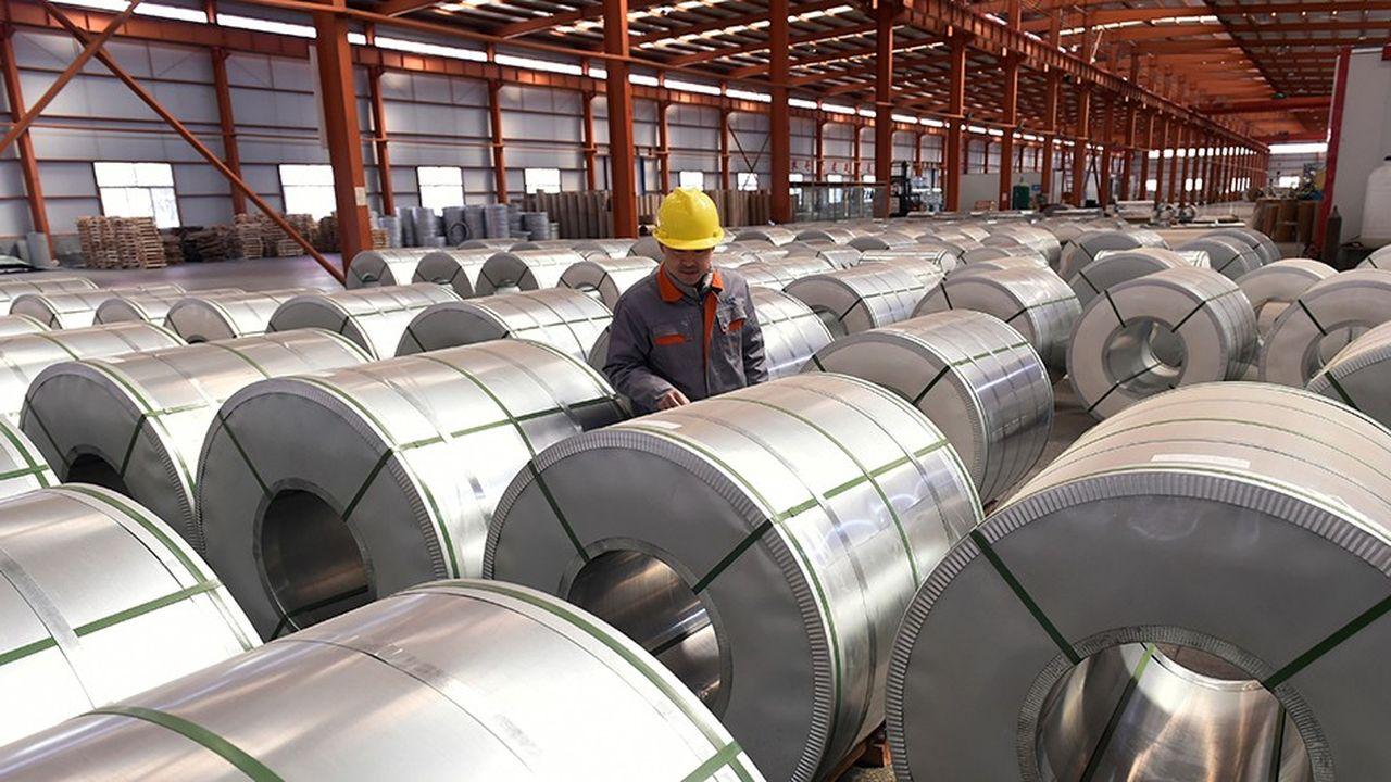 Un travailleur chinois dans une usine d'aluminium à Zouping, dans l'est du Shandong.