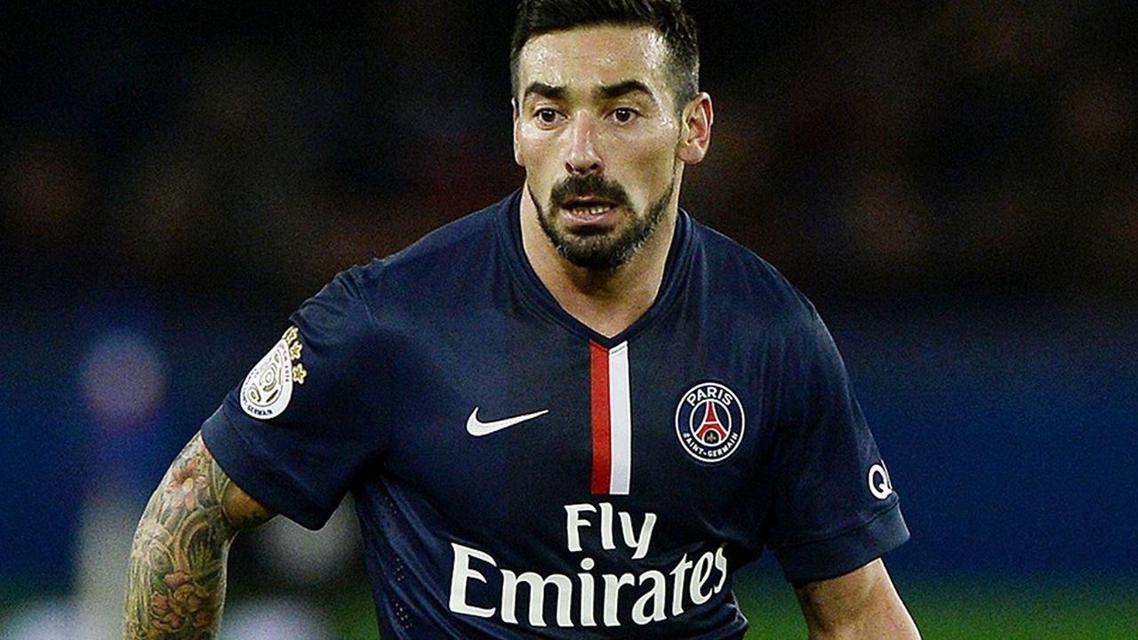 En 2016, le footballeur argentin a quitté le Paris Saint-Germain pour rejoindre le Hebei China Fortune en Chine.