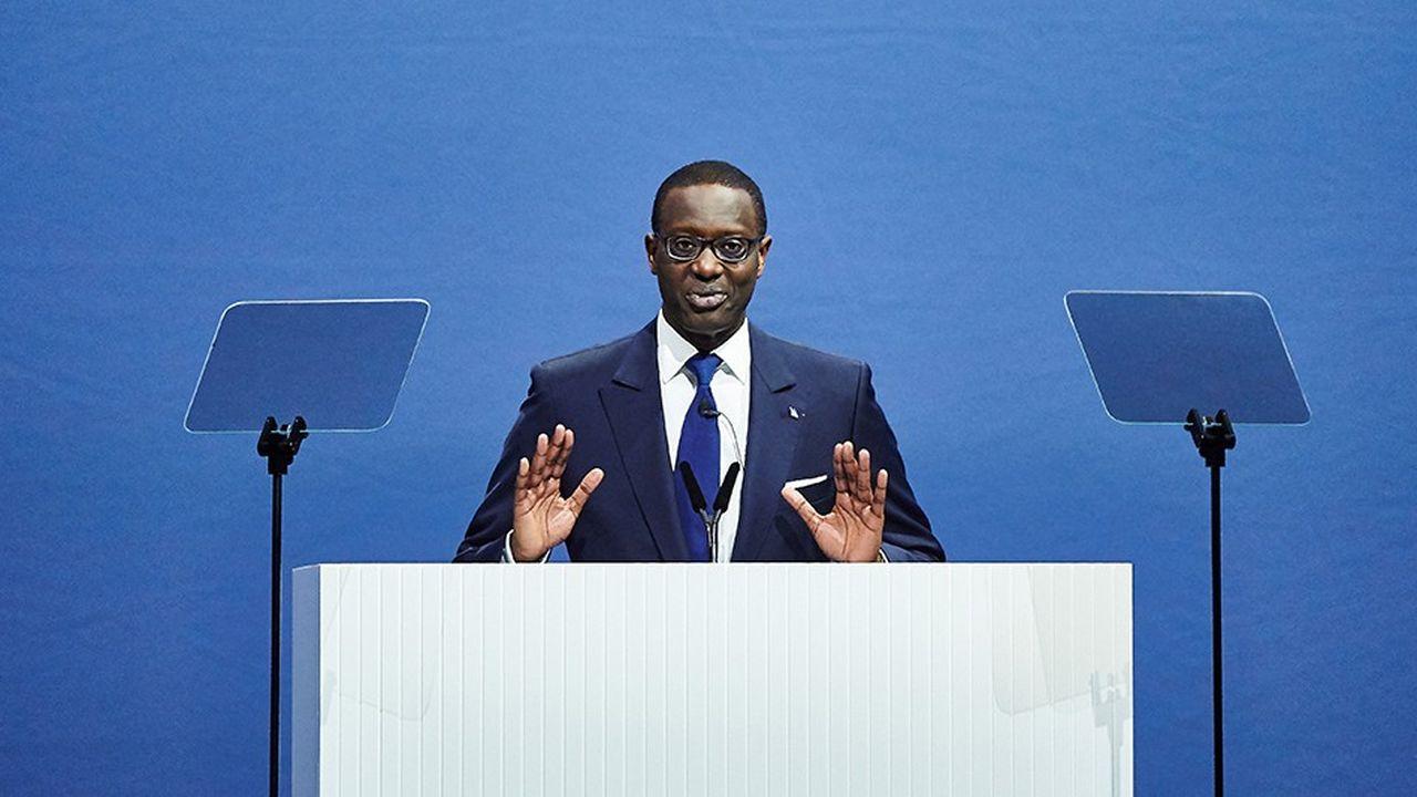 Le directeur général de Credit Suisse, Tidjane Thiam, avait lancé à son arrivée aux commandes en 2015 un vaste plan de restructuration triennal qui commence à porter ses fruits.