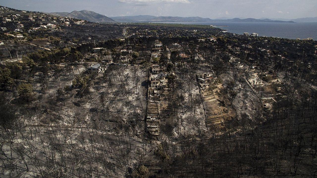 A la suite des incendies meutriers de Mati, notamment, le gouvernement grec a promis d'accélérer la destruction de plus de 3.000 constructions illégales dans la région d'Athènes.