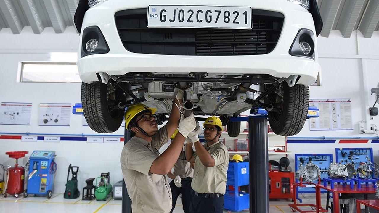 La montée en gamme des pays émergents est une réalité. Sur la photo, des étudiants indiens au 'Japan-India Institute for Manufacturing' (JIM) participent à un cours organisé par Maruti Suzuki India Ltd., près d'Ahmedabad