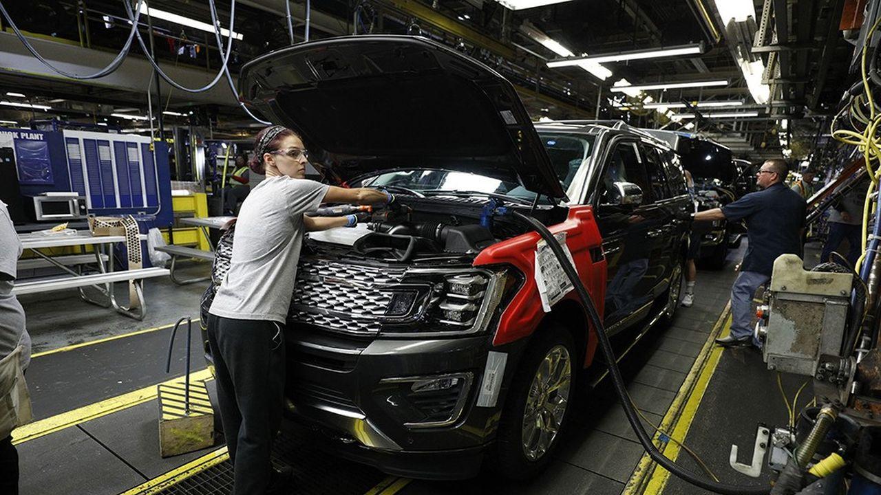 Ford estime que les tarifs douaniers imposés par les Etats-Unis ont déjà fait bondir ses coûts de 145millions de dollars au deuxième trimestre et pourraient lui coûter 600millions sur l'année.