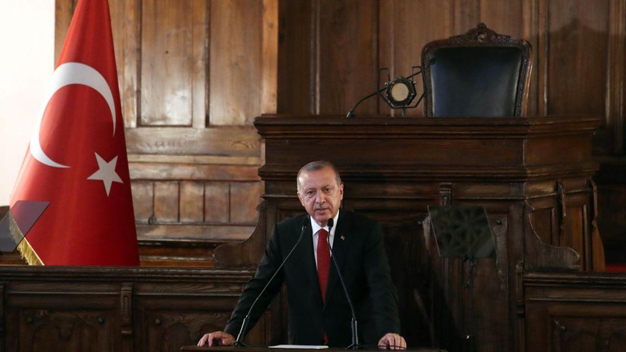 Les autorités turques ont réagi vigoureusement aux sanctions américaines contre deux ministres.