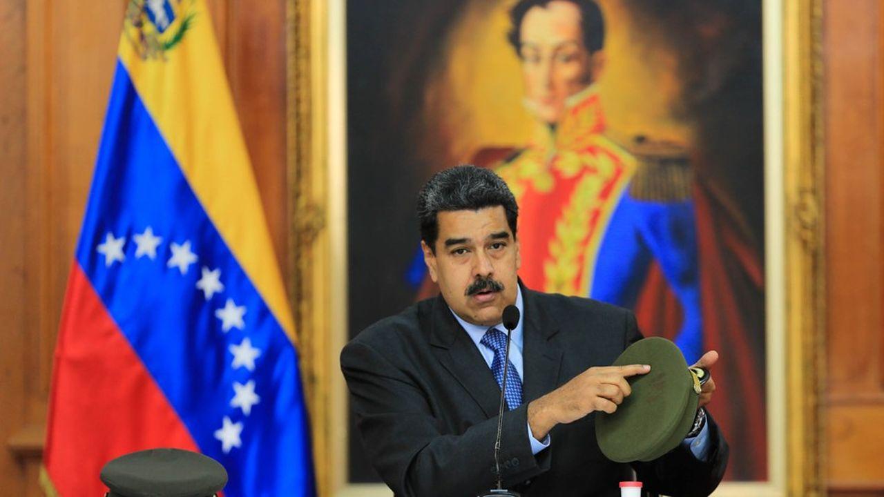 Nicolás Maduro a pointé du doigt l'opposition, qui aurait été aidée par la Colombie