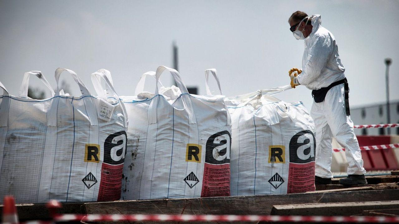 L'amiante est exclusivement utilisé par l'industrie chimique aux Etats-Unis
