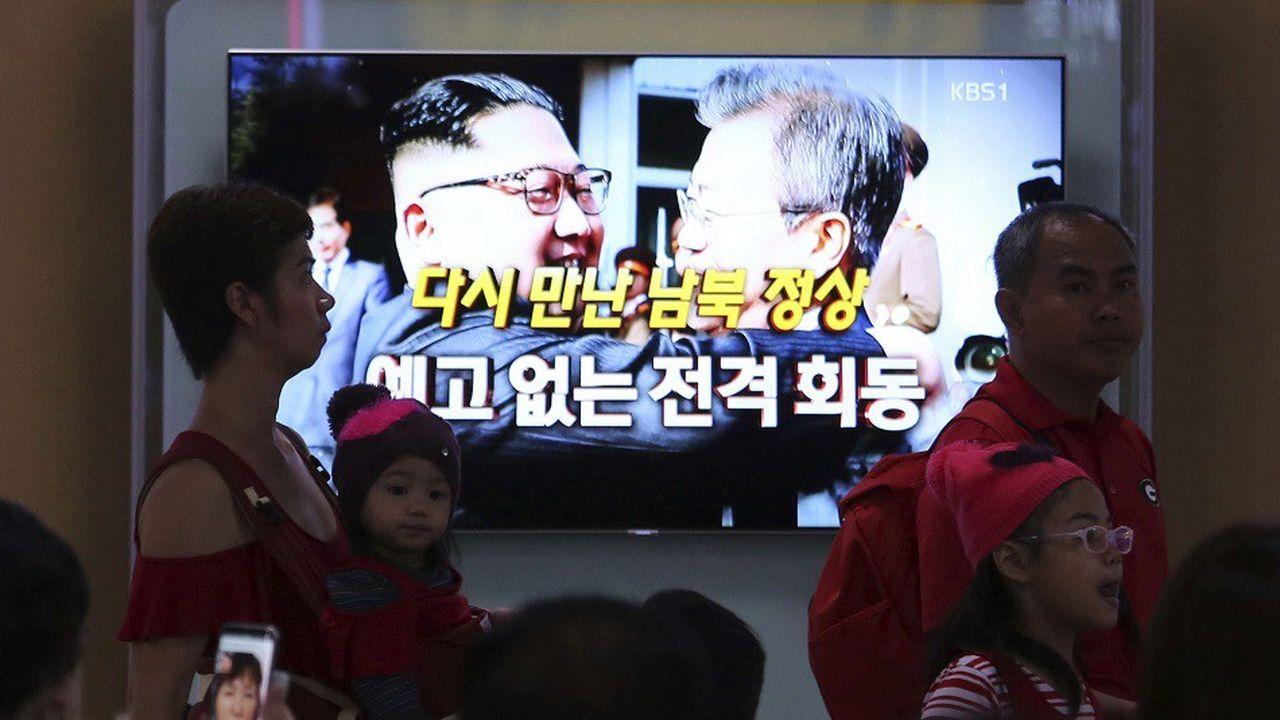 Le président sud-coréen Moon Jae-in a rencontré en mai le dirigeant nord-coréen Kim Jong-un dans la zone démilitarisée qui sépare les deux Corées