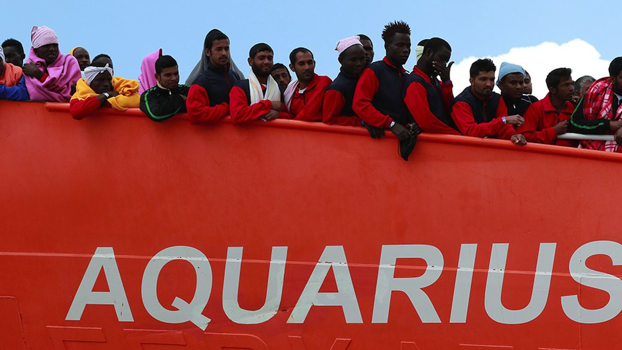 L'Aquarius a secouru 141 personnes au large de la Libye vendredi.