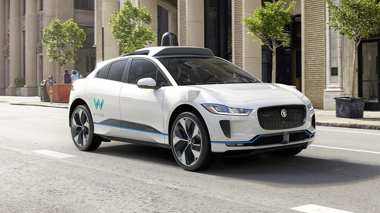 Waymo, le pôle véhicule autonome de Google, a noué un vaste partenariat avec Jaguar Land Rover, qui pourrait fournir des voitures «par dizaines de milliers» à son nouvel associé.