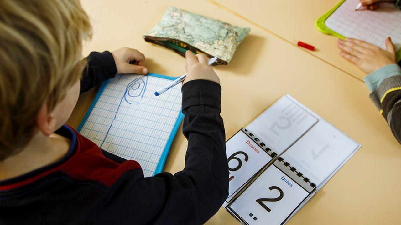 Le budget moyen d'un élève de CP à la rentrée 2018 a augmenté de 10,64% en un an, selon l'étude annuelle de la Confédération syndicale des familles (CSF).
