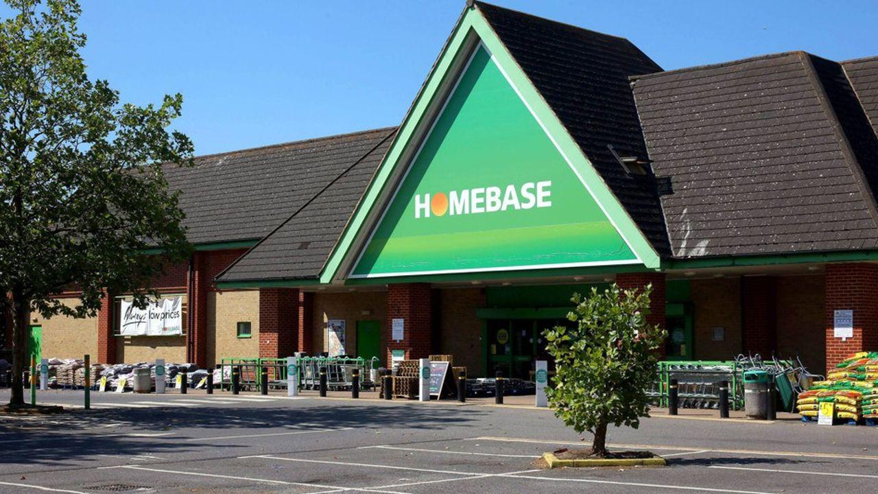En difficulté outre-Manche, l'enseigne de bricolage Homebase a décidé la fermeture de 42 de ses 241 points de vente.