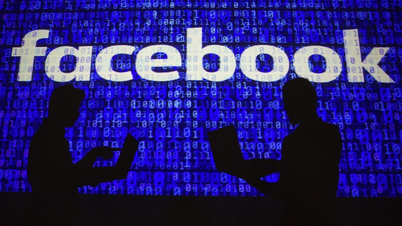 Fin juillet, déjà, Facebook a identifié des opérations destinées à déstabiliser l'opinion américaine avant le scrutin de mi-mandat.