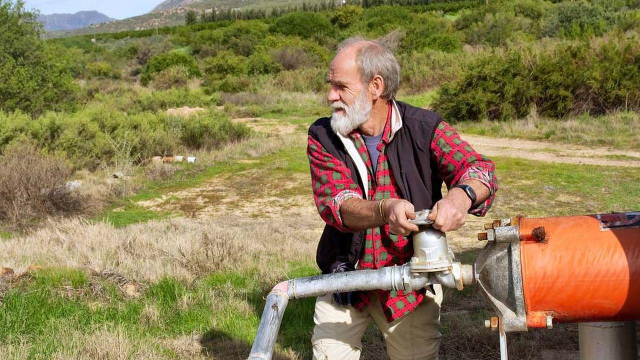 Les agriculteurs blancs sont menacés d'être expropriés sans compensation en Afrique du sud.