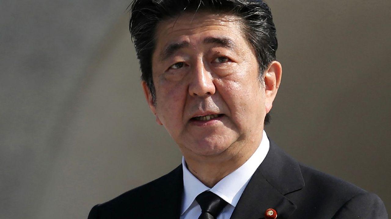 Grâce aux mesures mises en places par Shinzo Abe à la tête du gouvernement japonais, le pays a renoué avec une croissance du PIB solide et une production industrielle vigoureuse.