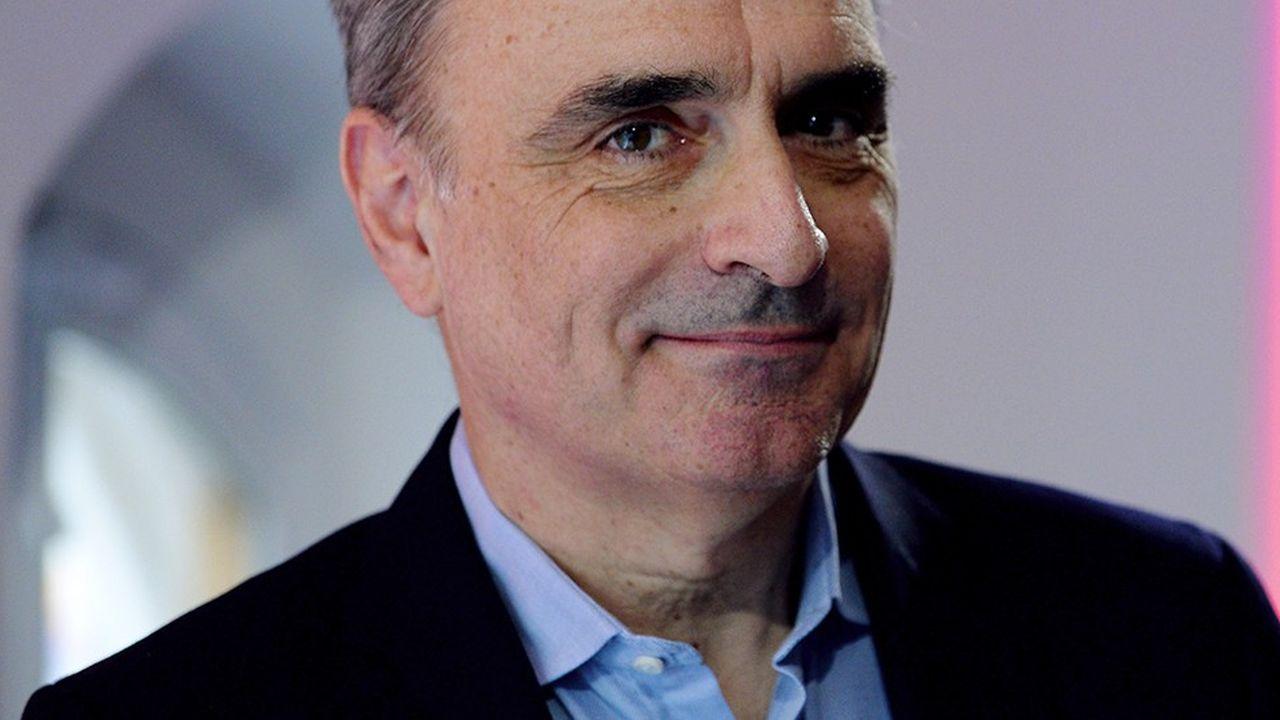 Michel Paulin est l'ancien directeur général de SFR, Neuf Cegetel et Meditel.