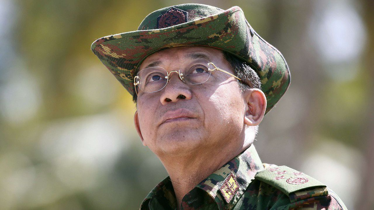 Le chef de l'armée birmane, le commandant en chef Min Aung Hlaing, est accusé par l'ONU de crimes contre l'humanité