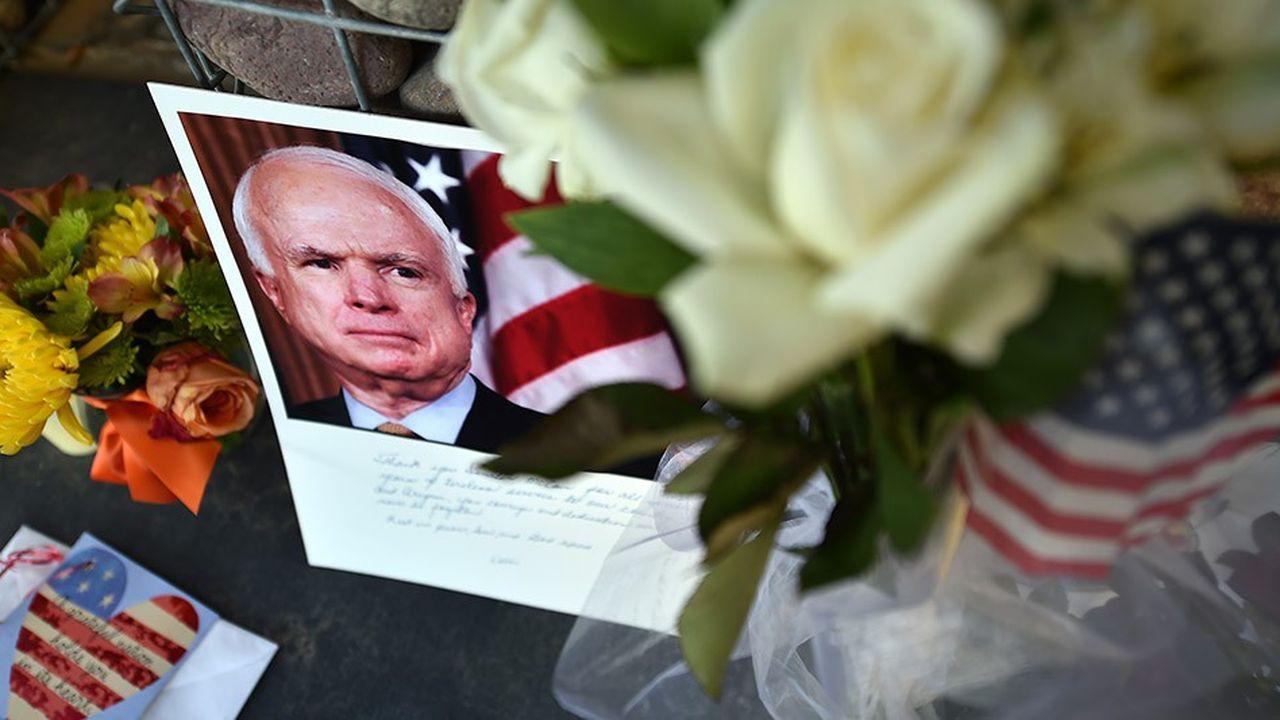 Le sénateur John McCain, décédé à l'âge de 81 ans, était devenu l'un des plus féroces critiques de la politique de Donald Trump