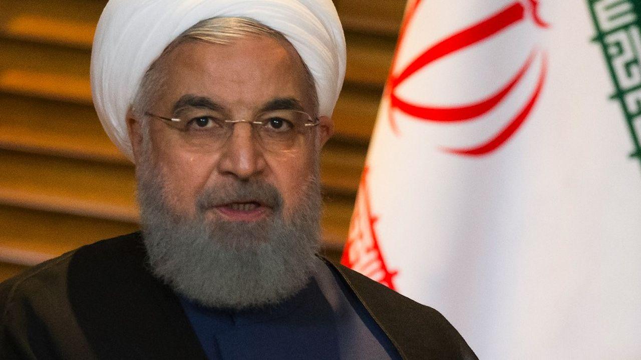 2200294_le-president-iranien-en-difficulte-web-tete-0302167746637.jpg