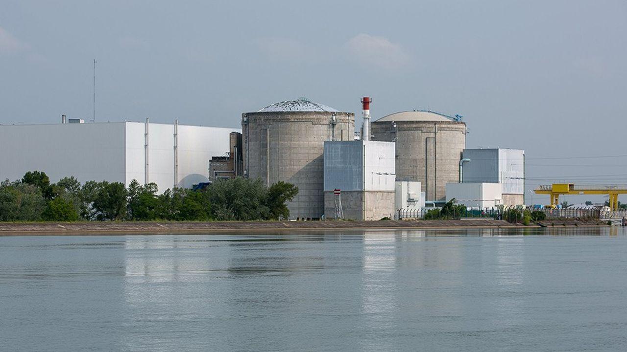 2200520_le-depart-de-hulot-laisse-le-chantier-du-nucleaire-toujours-ouvert-web-tete-0302172775041.jpg