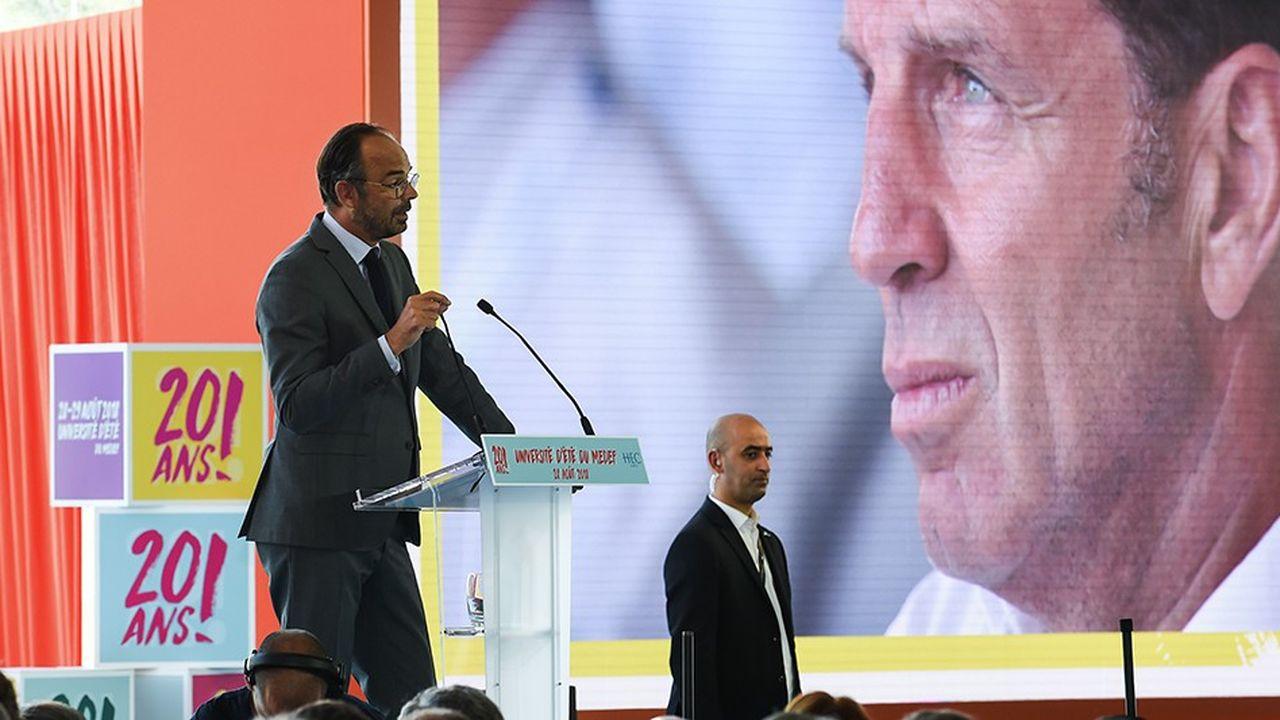 Le Premier ministre a expliqué que la stratégie du gouvernement visait à «répondre à des besoins, et non à distribuer des cadeaux».