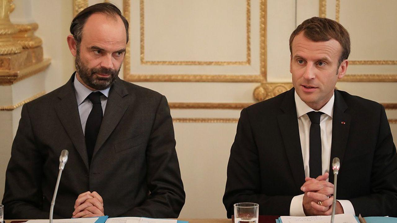 Edouard Philippe et Emmanuel Macron entendent se donner le temps de la réflexion avant de nommer le remplaçant de Nicolas Hulot.