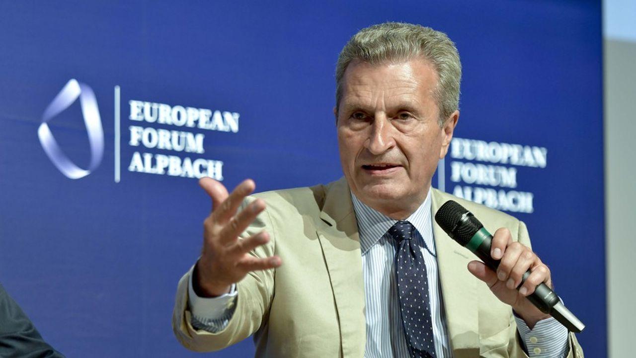 Le commissaire européen chargé du Budget, Gunther Oettinger, a présenté les grands axes du budget européen sur cinq ans.