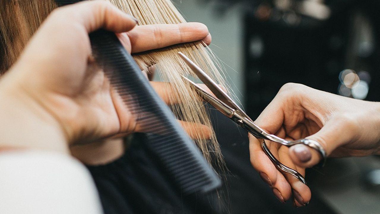 2201086_penurie-de-main-doeuvre-chez-les-coiffeurs-web-tete-0302177973873.jpg