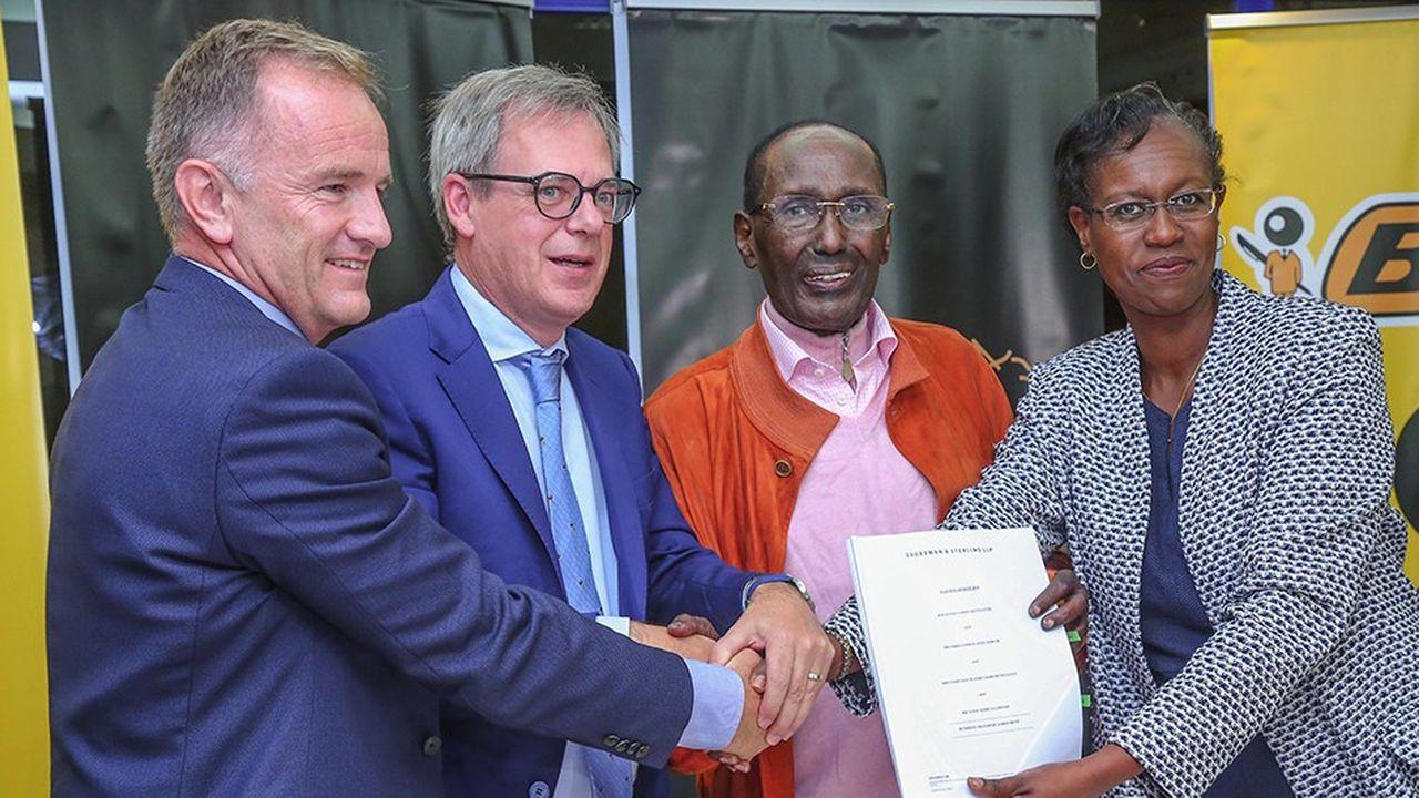 Bic déploie sa stratégie de proximité en rachetant son distributeur Haco au Kenya.