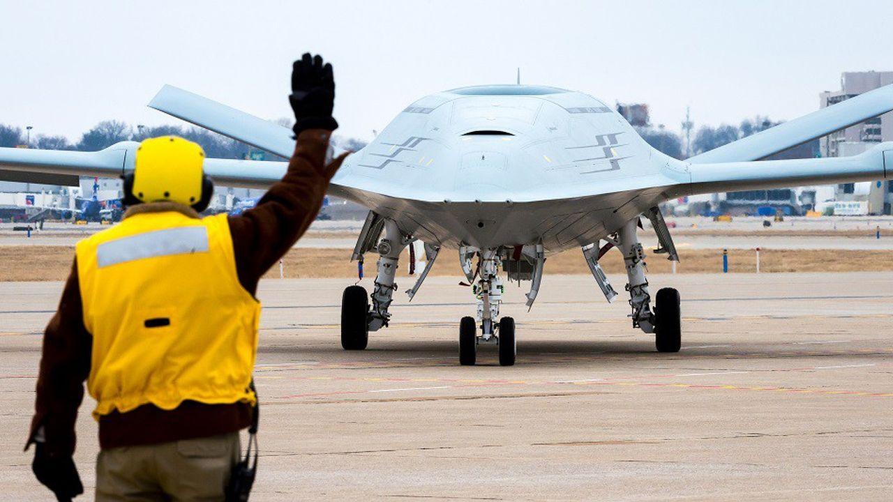 Boeing a construit un prototype du MQ-25A, futur drone ravitailleur de la Navy.