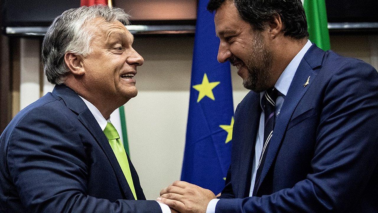 Rencontre entre le ministre de l'Intérieur italien, Matteo Salvini (à droite) et le Premier ministre hongrois Viktor Orban, le mardi 28 août à Milan.
