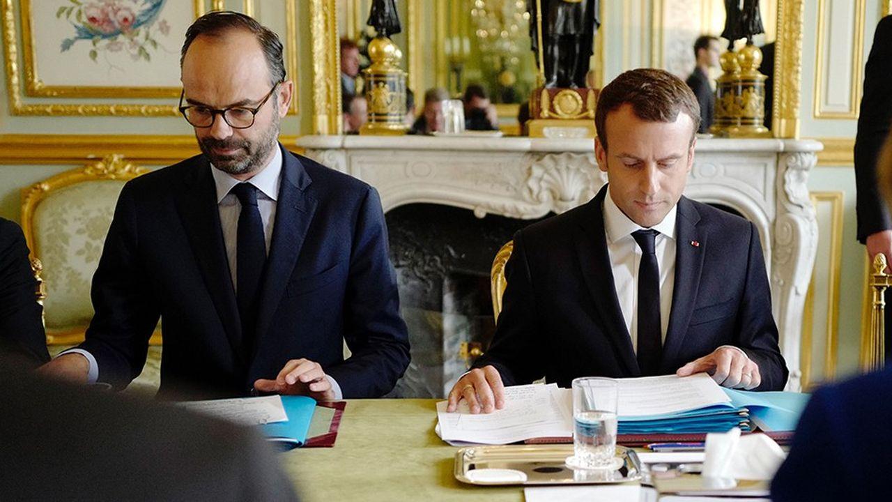 Edouard Philippe, Premier ministre et Emmanuel Macron, President de la Republique, ont peaufiné pendant le week-end le remaniement qui devrait être annoncé mardi.