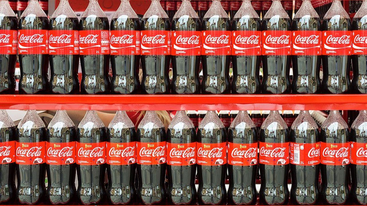 C'est en diminuant le volume de ses bouteilles tout en conservant leur prix, que Coca-Cola a répercuté les effets de la taxe soda.
