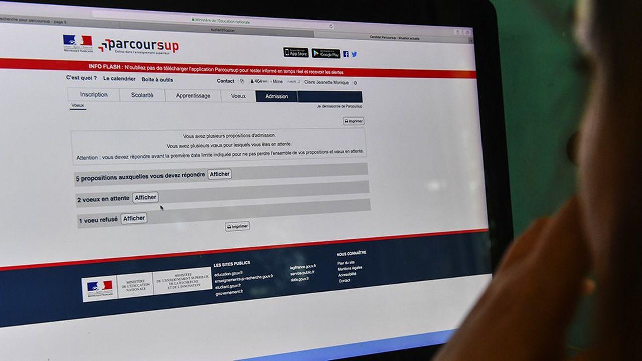 Sur les 812.000 inscrits sur Parcoursup, 178.000 candidats ont quitté la plateforme sans qu'on sache précisément pourquoi. «Il y a des tas de situations, mais on est dans l'ordre de grandeur des autres années», tentait de rassurer Jérôme Teillard, le responsable de Parcoursup, mi-août.