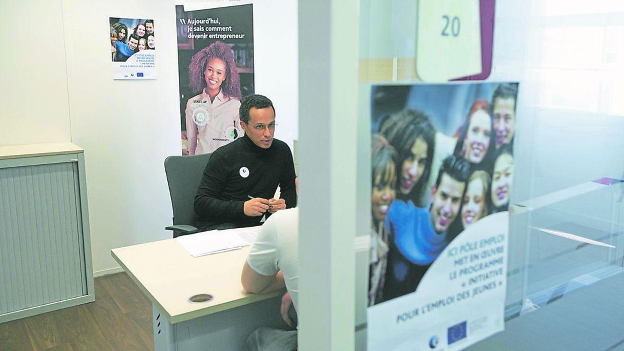 2202486_emplois-francs-un-demarrage-timide-en-ile-de-france-web-tete-0302061311108.jpg