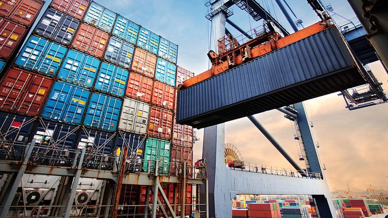 2202571_malgre-les-tarifs-douaniers-le-deficit-commercial-americain-senvole-web-tete-0302212051695.jpg