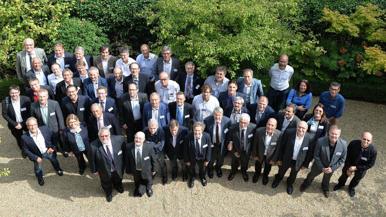 Les membres du symposium se sont réunis à la fondation Simone et Cino del Duca à Paris.
