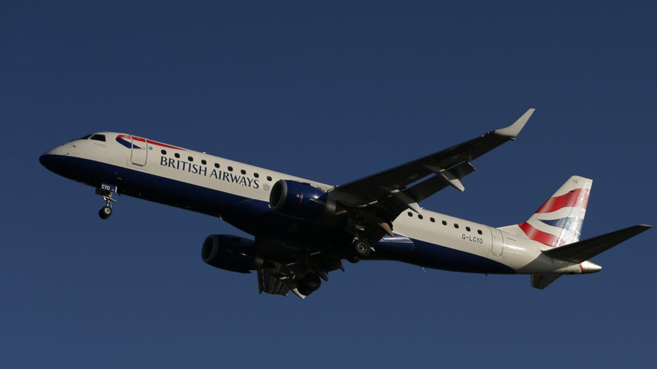 Le groupe a assuré que les clients devant prendre un avion pouvaient s'enregistrer normalement.