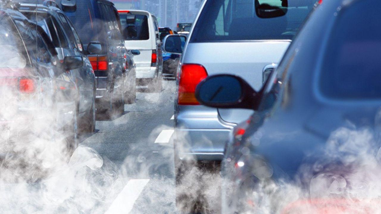 A Bruxelles, la bataille des lobbys est engagée à propos des futurs objectifs CO2 du secteur automobile.
