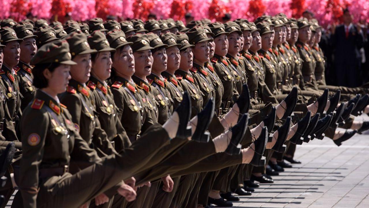 2203456_pyongyang-fete-son-70e-anniversaire-avec-une-parade-militaire-geante-web-tete-0302229437579.jpg