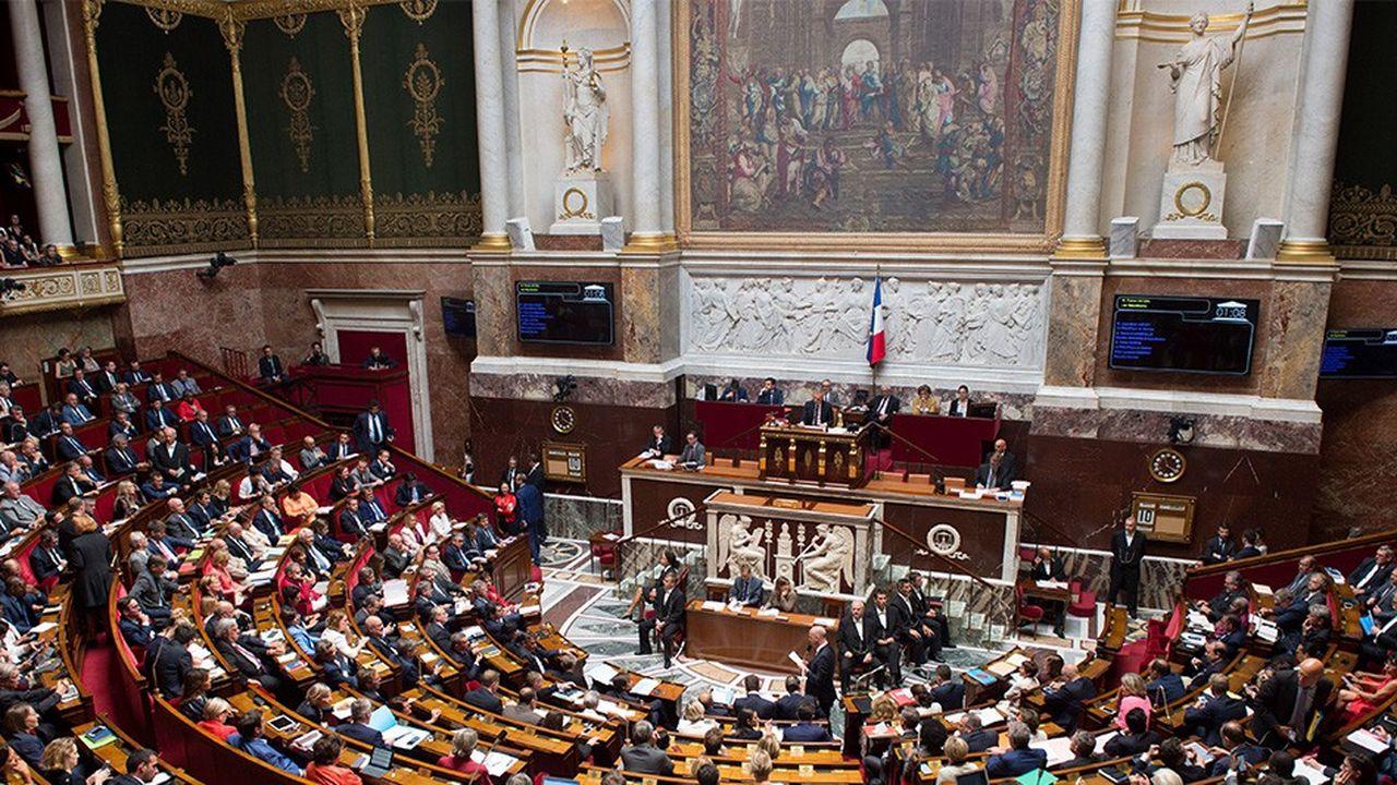 Après une fin de session bouleversée en raison de l'affaire Benalla, les députés retrouvent ce mercredi le chemin du Palais-Bourbon