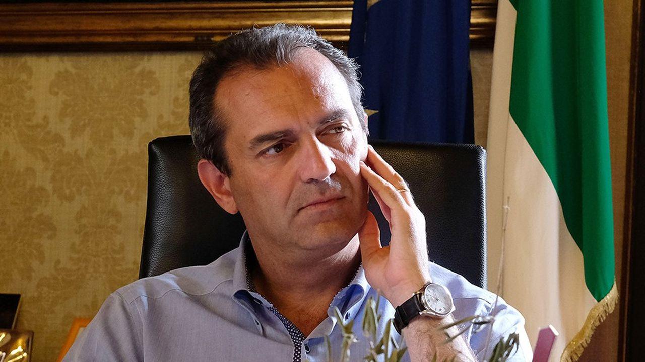 Le maire de Naples, Luigi de Magistris, a décidé de lancer sa propre monnaie parallèle à l'euro